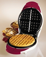 Proctor Silex 26400W Waffle Baker with Fork - click to enlarge