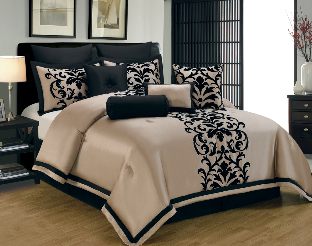 white and gold white and gold king size bedding. Black Bedroom Furniture Sets. Home Design Ideas