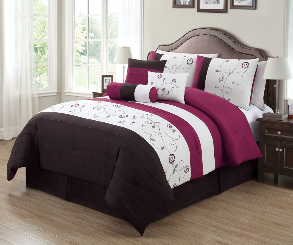11 Piece Gardenia Embroidered Bed In A Bag Set