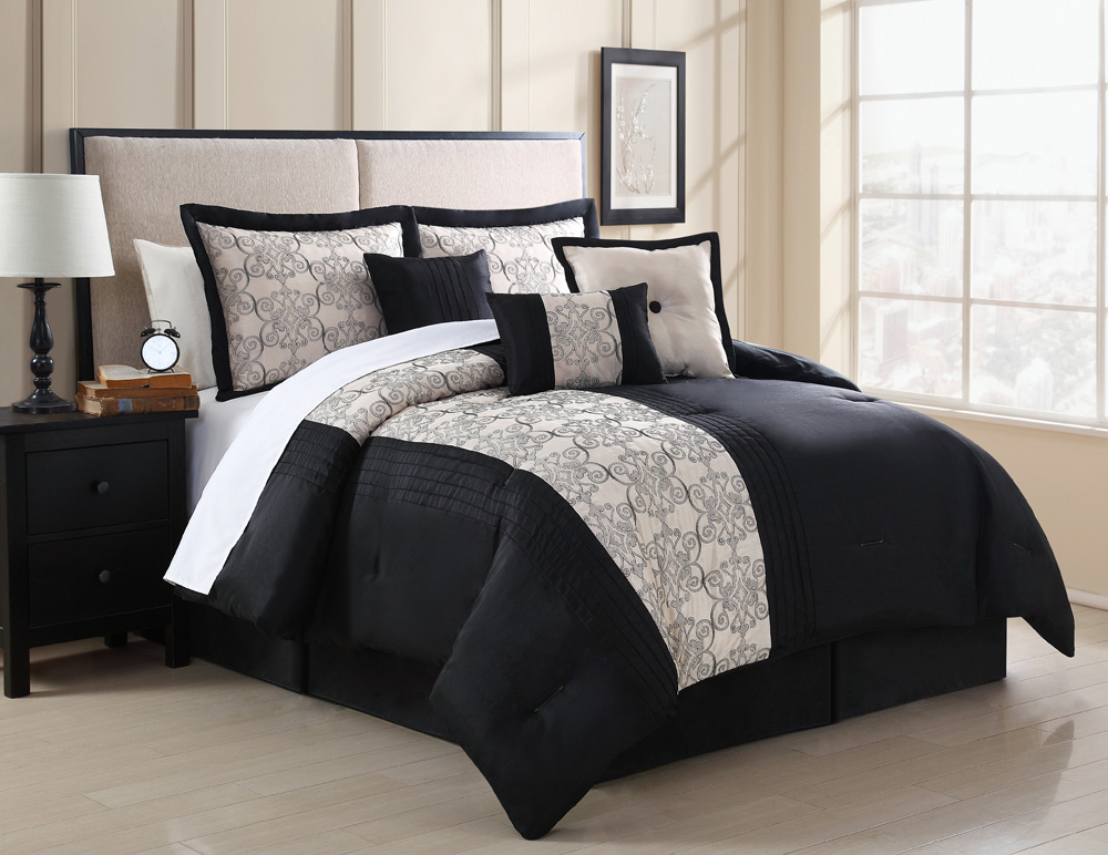 11 Piece Zaire Black And Ivory Embroidered Bed In A Bag Set
