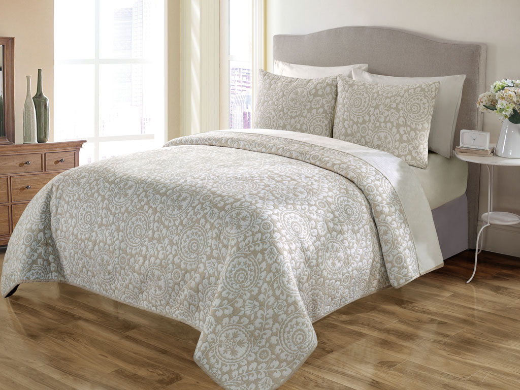 garden quilt products zoom floral set chums