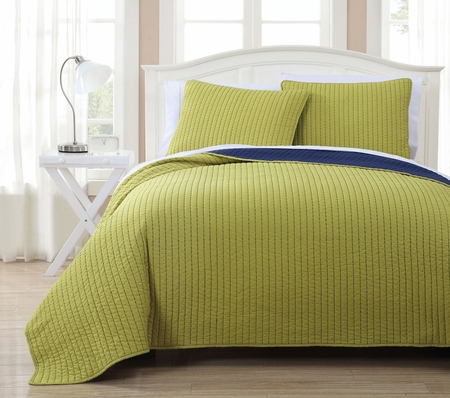 3 Piece Project Runway Citron/Navy Quilt Set