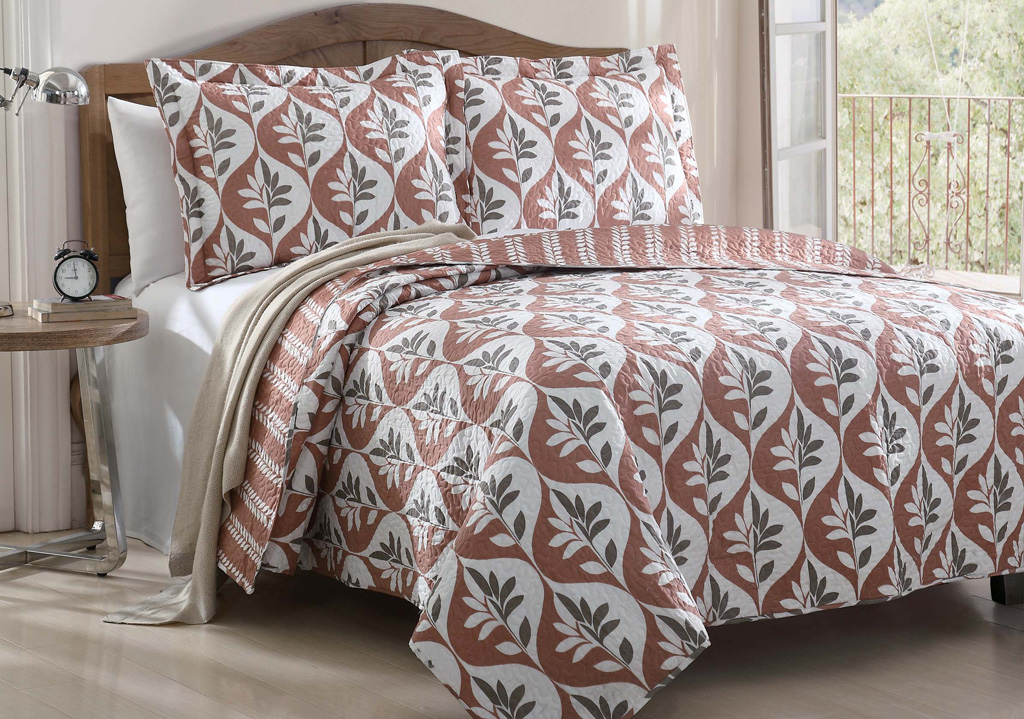 3 Piece Alani Leaf Quilt Set