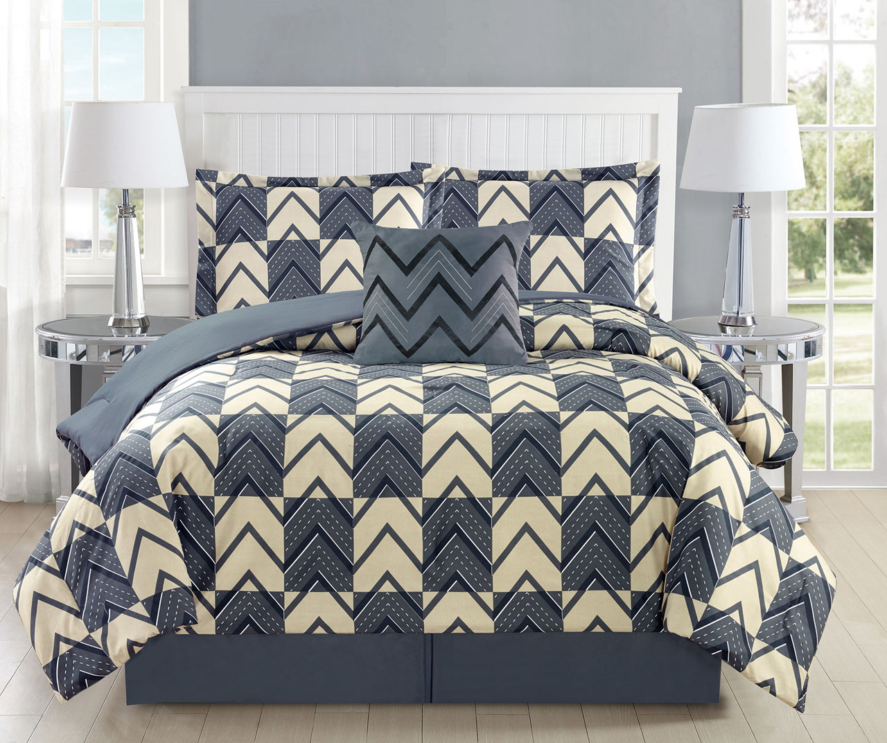 5 Piece Chevron Plaid Gray Ivory Comforter Set