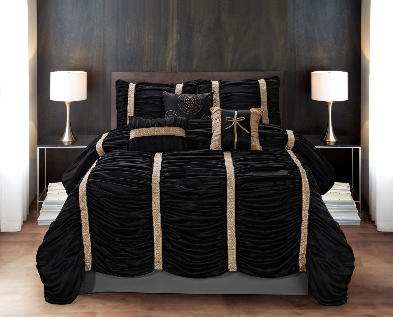 Black And Gold Comforter Set 28 Images Waterford Bannon Comforter Set Gold Black Black And