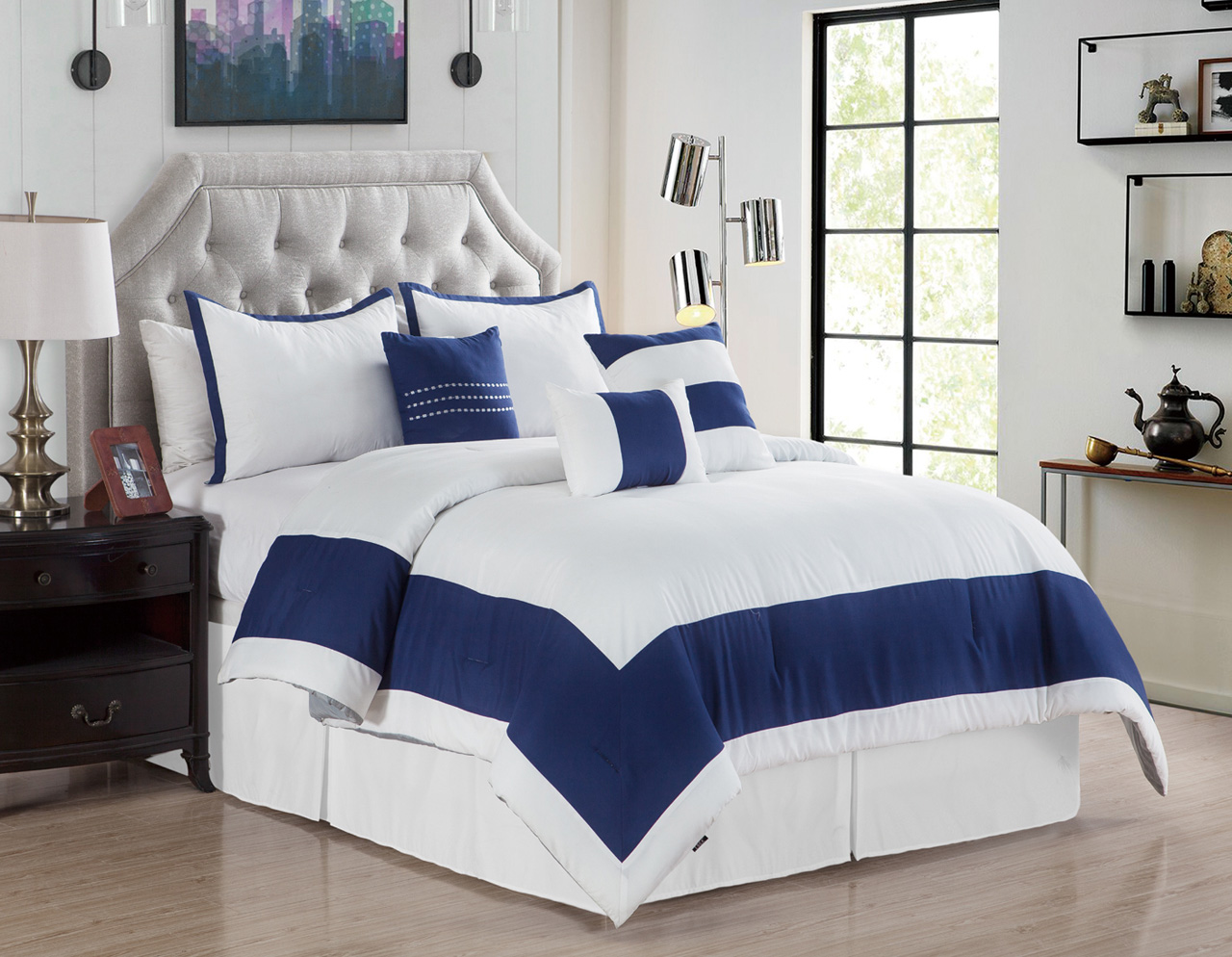 7 Piece Daudi White Navy Comforter Set