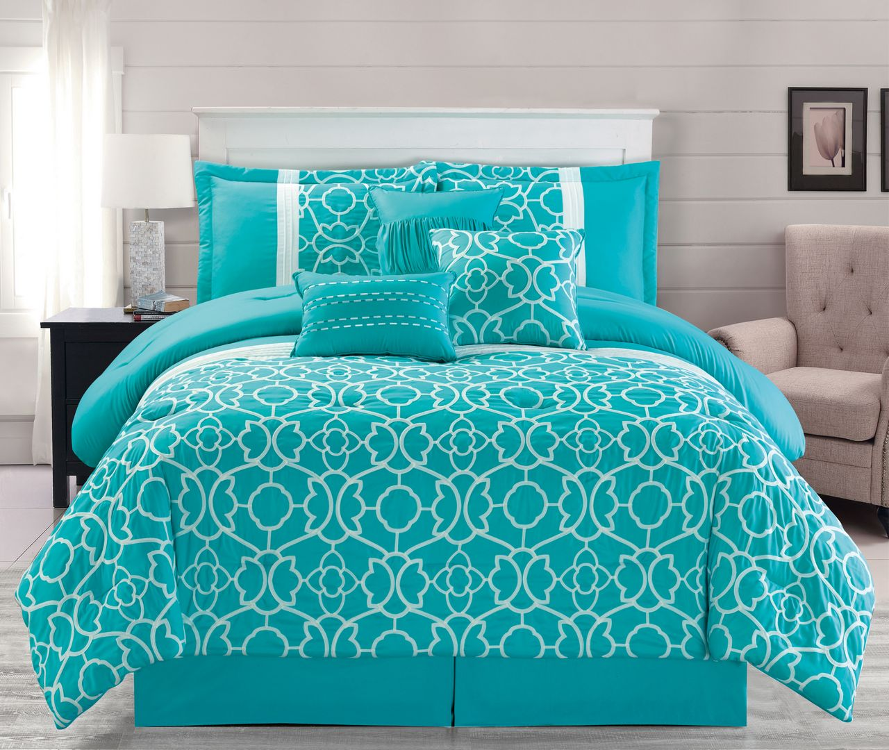7 piece ladera aqua comforter set for Pictures of comforters