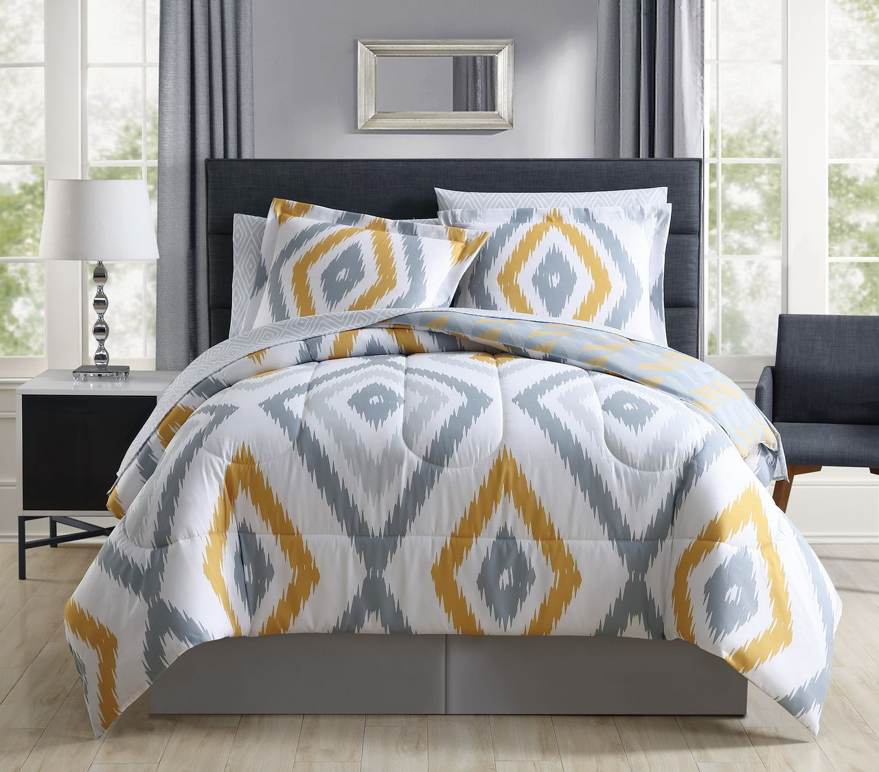 8 Piece Hamshire Yellow Gray forter Set with Sheets