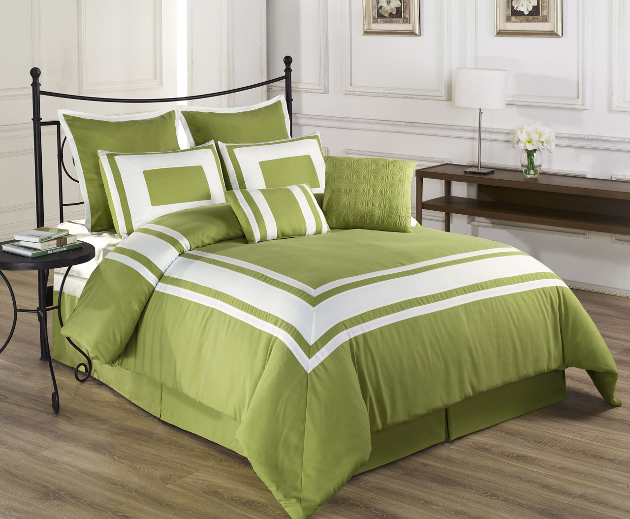 Green bedding set - 8 Piece Queen Lux Decor Pistachio Green Comforter Set