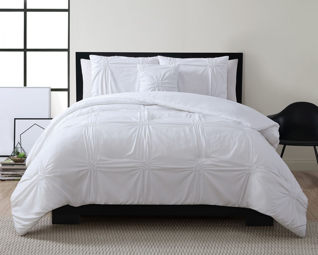 8 Piece Reese White Bed In A Bag Set