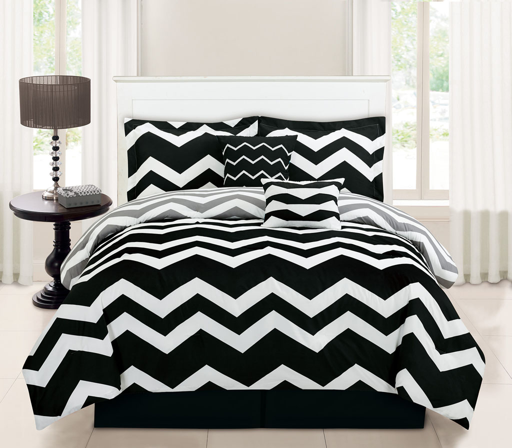 Bed sheet set black and white - 10 Piece Queen Chevron Black Bed In A Bag Set