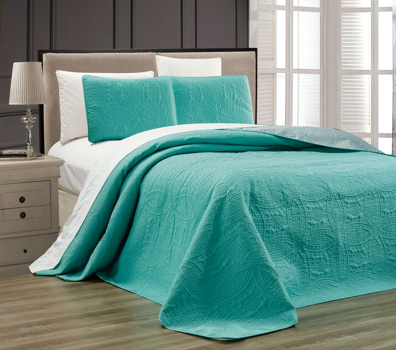 Embossed Turquoise Medallion Reversible Bedspread Quilt Set