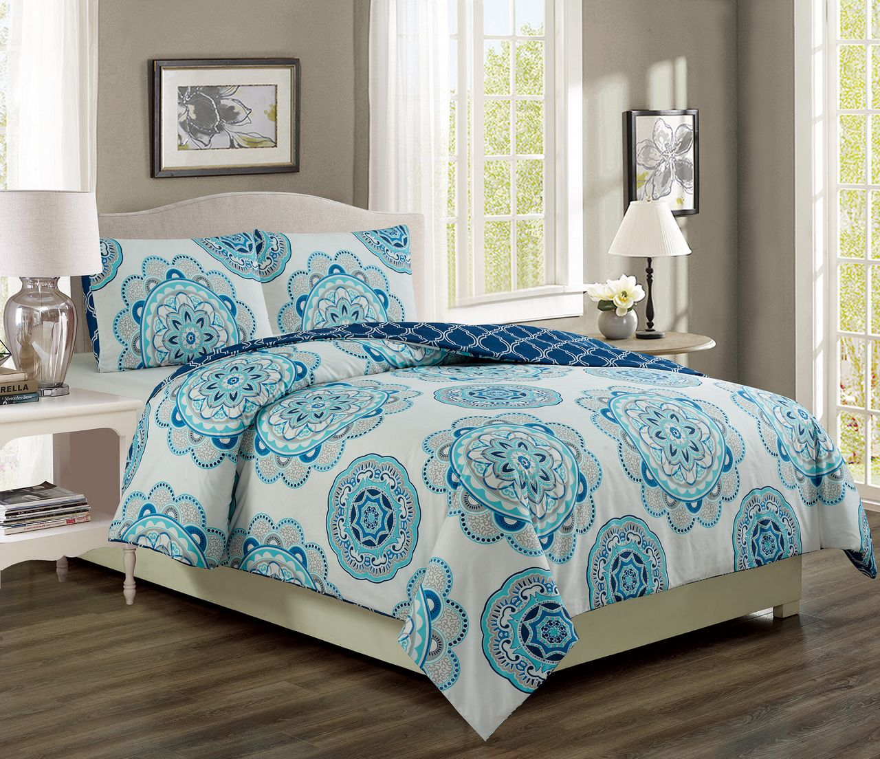 Ivanna Teal Navy Reversible Comforter Set