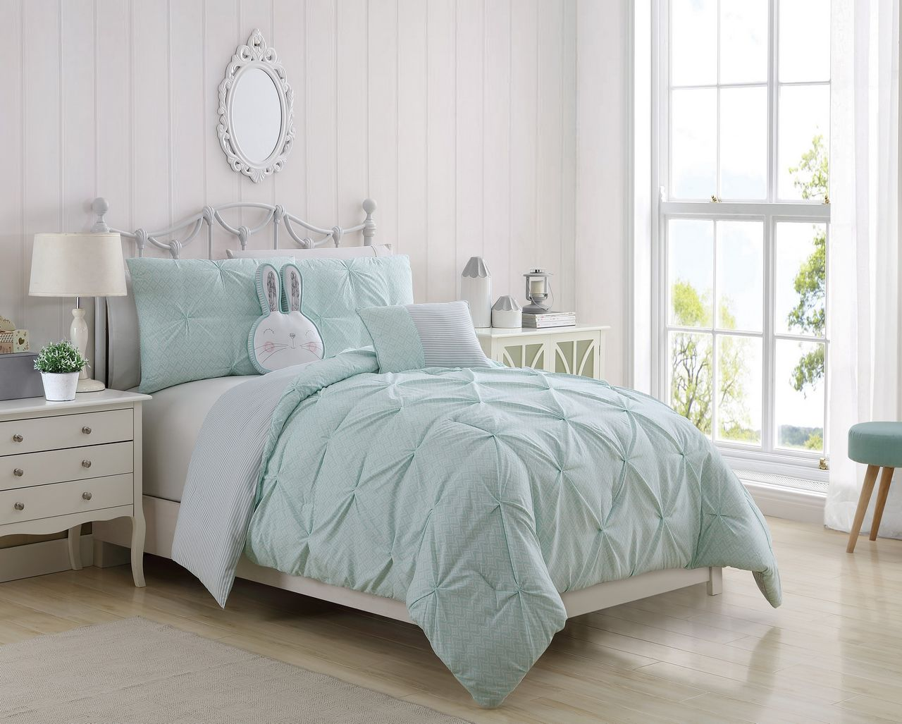 Monica Mint Gray Comforter Set