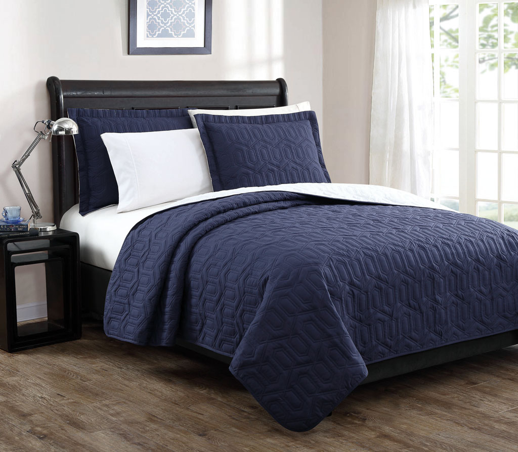 stunning piece king jaqcuard bed blue ideas size ki and sets in extraordinary for black farmhouse kohls luxury comforter rustic bedroom quilt bedding decoration