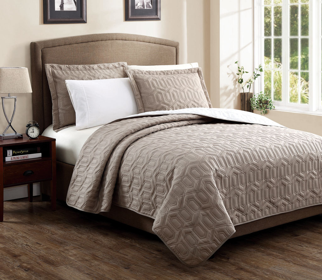 queen designer elegant idea lostcoastshuttle com atzine comforter shoppe regarding nice luxurious remodel within sets ensembles taupe from bedding set gold color