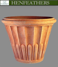 Fluted Flower Pot Grande 28
