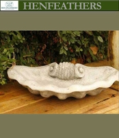 Grotto Scallop Shell Birdbath {USA}n