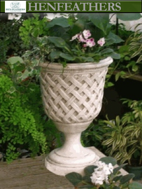 Vintage Lattice Weave Urn {USA}
