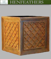 Lattice Weave Planter {USA}n  Fiberglass