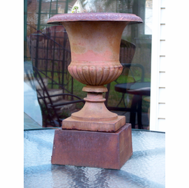 "{USA} Antique American Iron Urn with  6""Plinth pedestal{ late 19th cent.}"