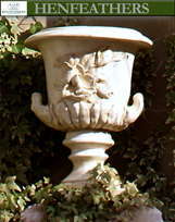 {USA} Classic Magnolia Urn -  Antique Dover White