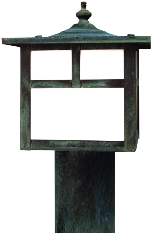 "<b>California Mission Post Light</b><br>  Size: <b>Large - 10"" H x 7"" W x 7"" D</b><br>Socket: <b>1-60W Medium Base</b> <br>Finish: <b>Verdi Green</b><br>  Glass: <b>White</b>"