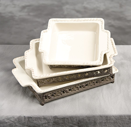 16x10 in. Baker w/Base-Cream - GG Collection