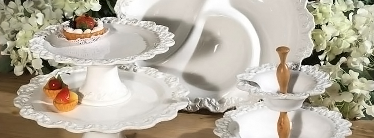 Baroque White III - Serving