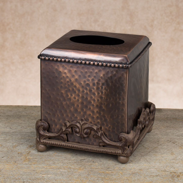 Antique copper hammered tissue box holder gg collection for Hammered metal bathroom accessories
