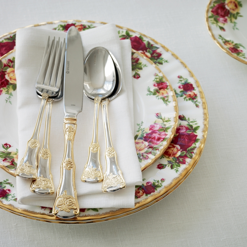 Old Country Roses 20 Piece Flatware Set By Royal Albert