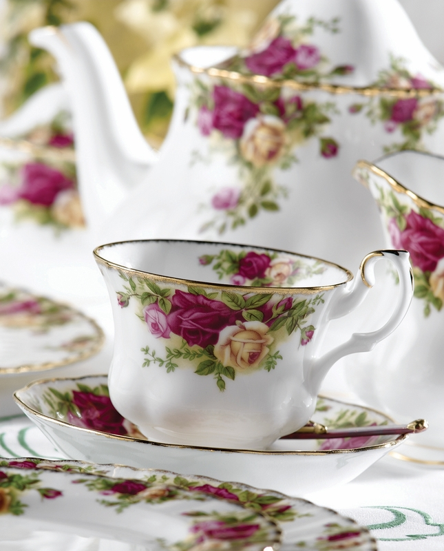 old country roses 9 piece tea set by royal albert. Black Bedroom Furniture Sets. Home Design Ideas