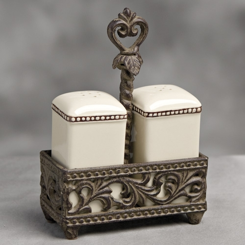 Salt and Pepper Shaker-Cream - GG Collection