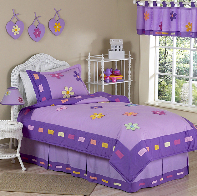 Danielles Daisies Purple Childrens Bedding