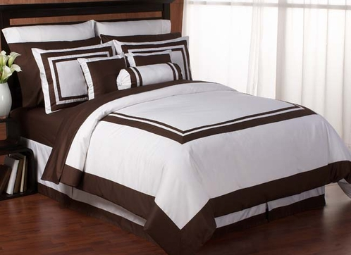 White and Chocolate Hotel Duvet Comforter Cover 6-pc Bedding Set - Click to enlarge
