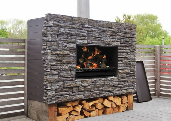 Escea Ew5000 Outdoor Wood Burning Fireplace With Bbq Cooking Plate