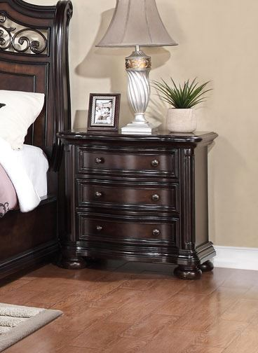 Allison Full Extension 3-Drawer Nightstand In Traditional Dark Brown