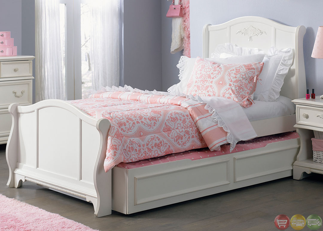 Arielle white finish youth traditional sleigh bedroom set - Traditional white bedroom furniture ...