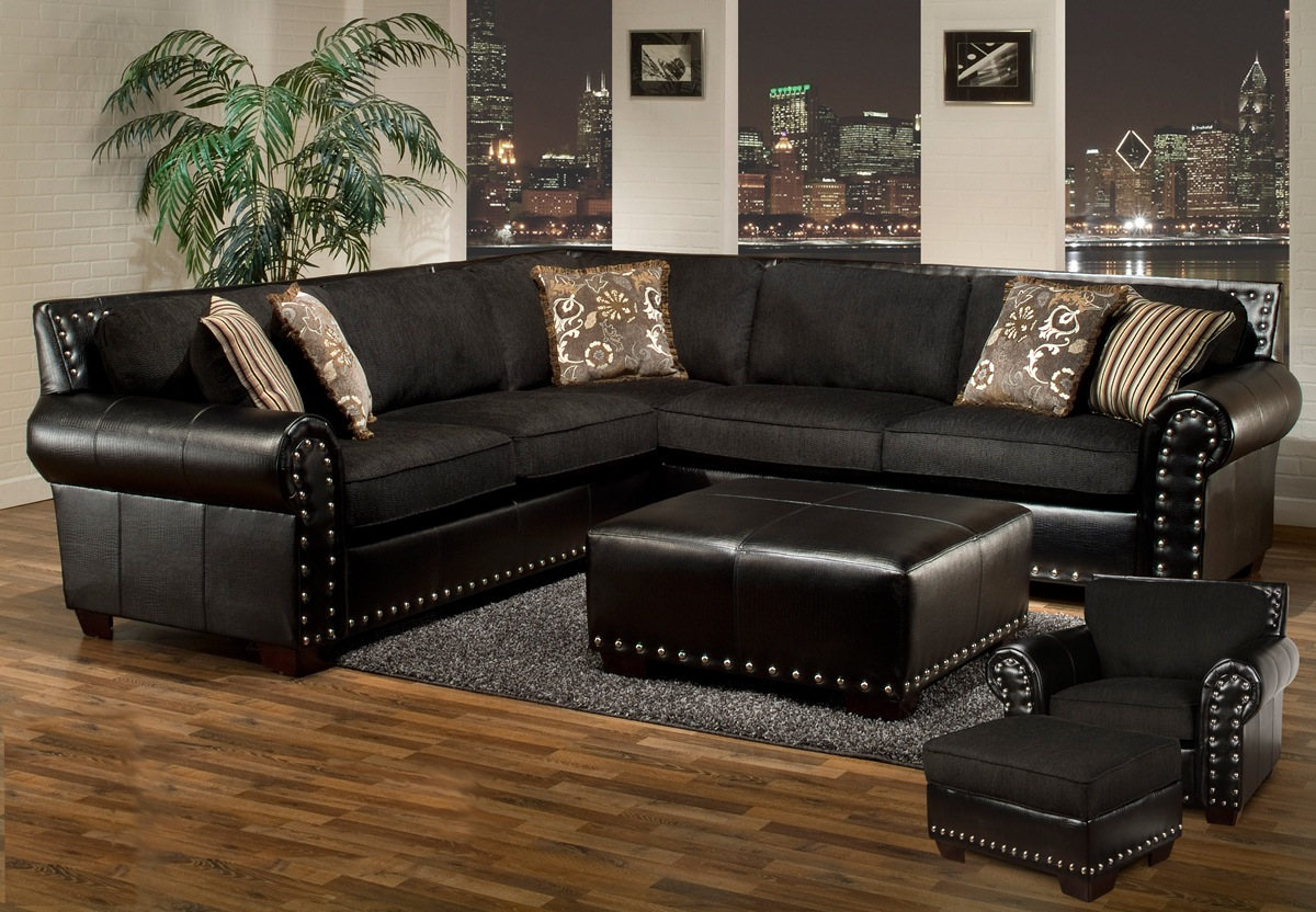 Avanti Traditional Black Sectional Sofa W Nailhead