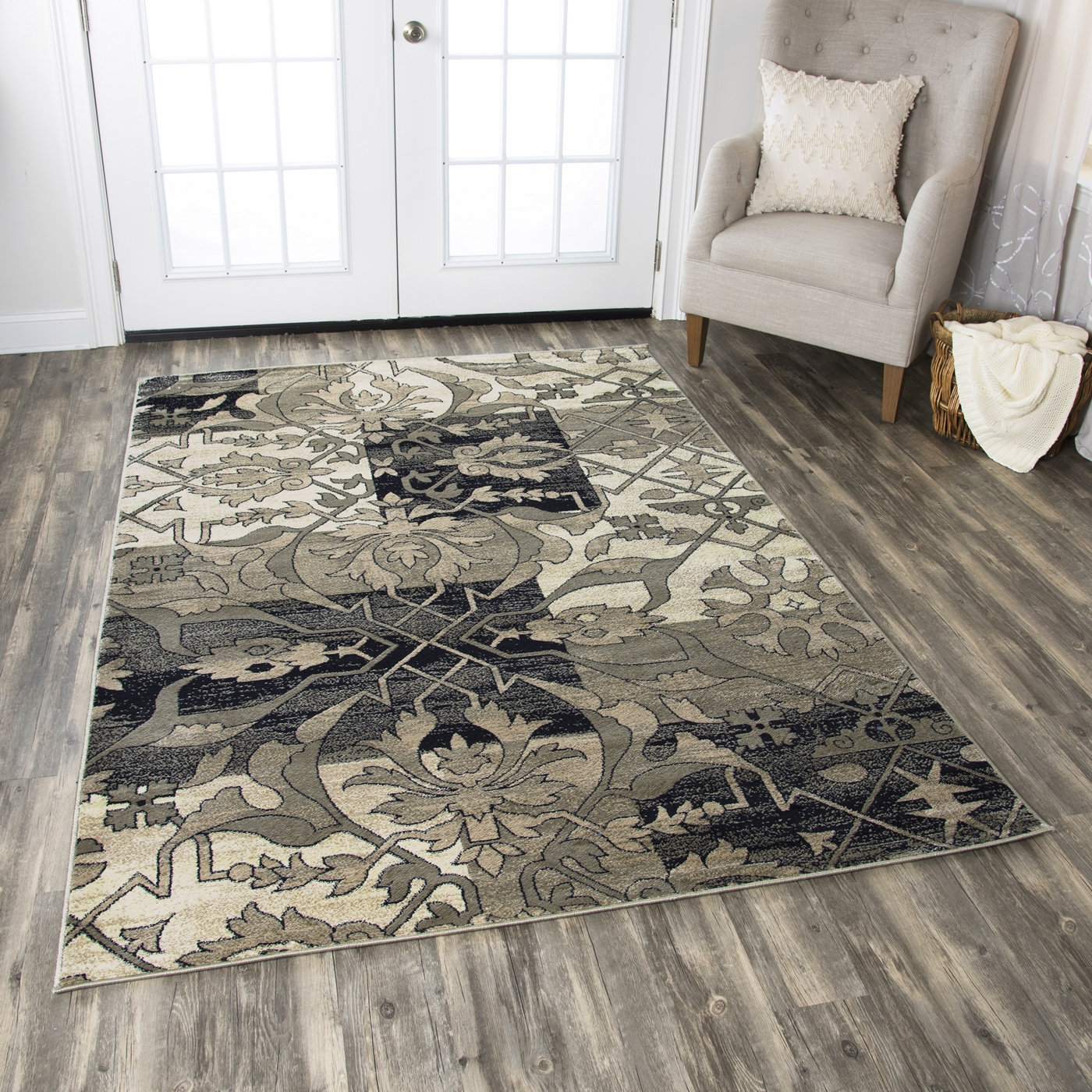 Bay Side Damask Patchwork Area Rug In Grey Amp Beige 9 2 Quot X
