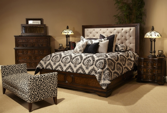 hot sale online 14895 4f484 Michael Amini Bella Cera Bedroom Set with Fabric Tufted ...