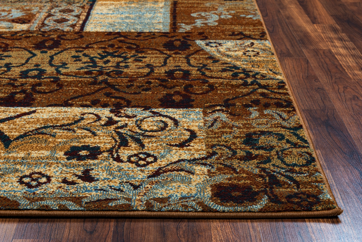 Bellevue Rustic Patchwork Area Rug In Beige Blue Burgundy