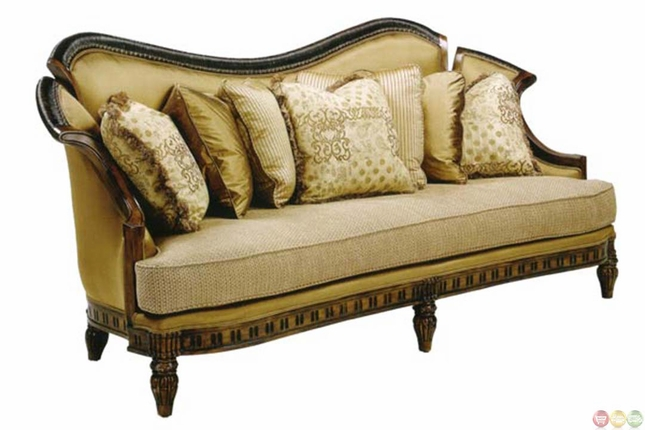 Montecarlo Hand Carved Solid Wood Traditional Formal Sofa Set