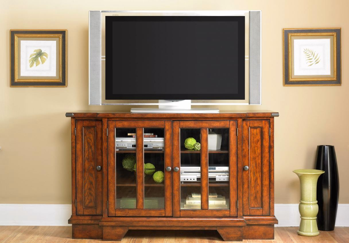 Cabin Fever Traditional Style Entertainment Tv Stand Unit