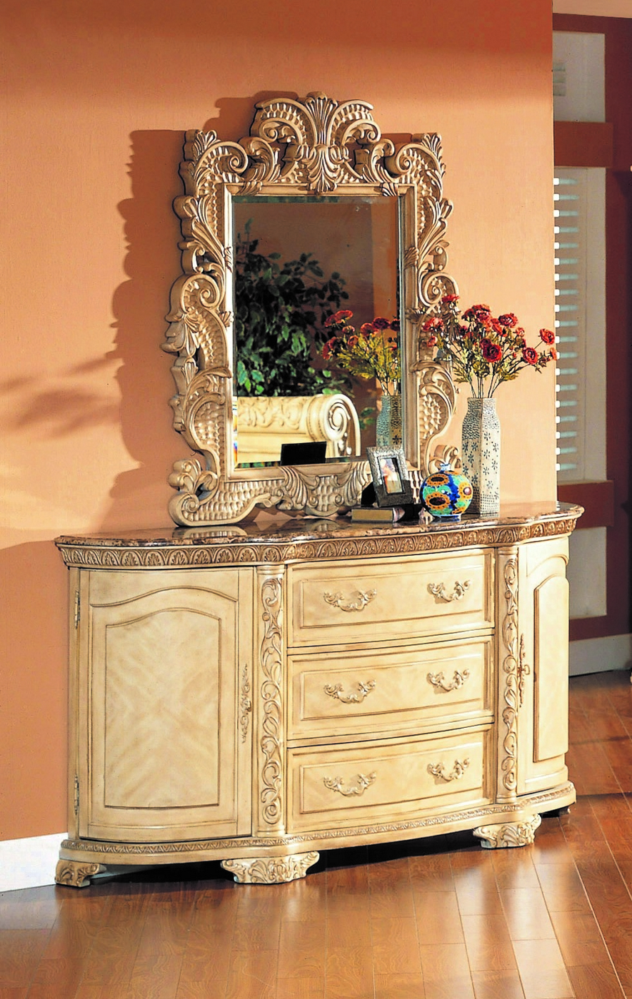 Cannes whitewash traditional bedroom furniture collection - Traditional white bedroom furniture ...