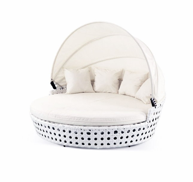Caymen - Modern White Wicker Round Bed, VGSNCAYMEN