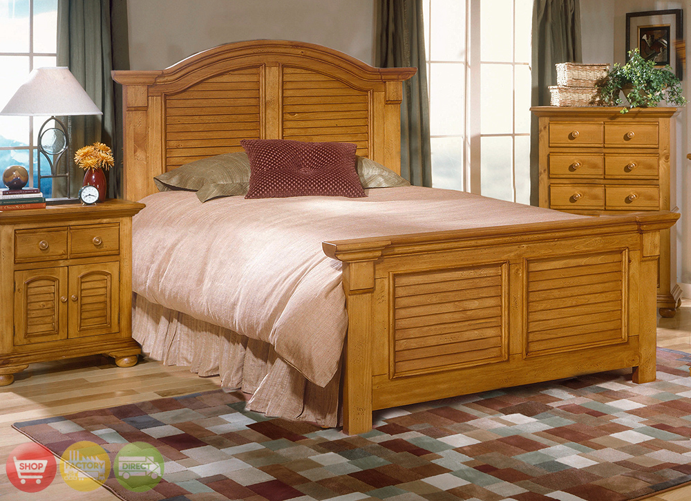 Cottage traditions distressed pine bedroom furniture set for Pine bedroom furniture