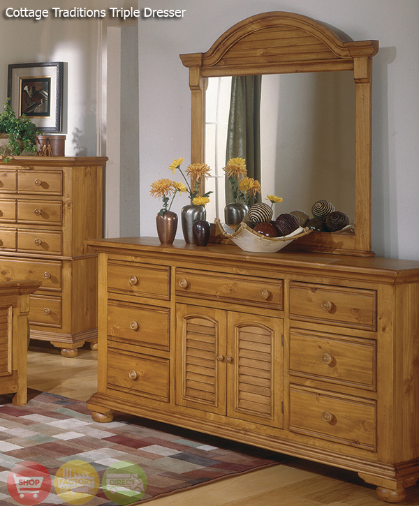 Cottage traditions distressed pine bedroom furniture set - Distressed bedroom furniture sets ...