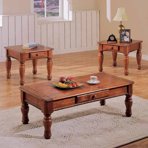 Dark oak traditional coffee table and two end tables Traditional coffee tables and end tables