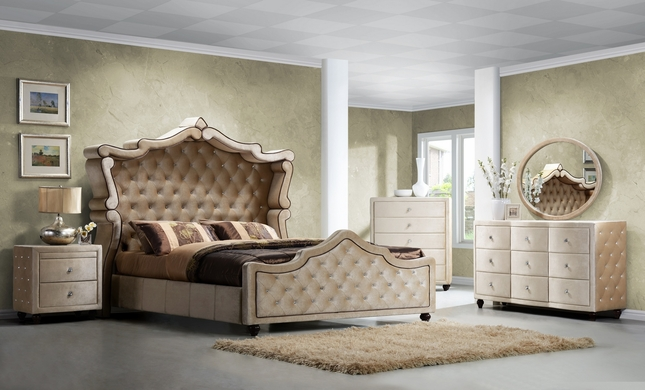 https://sep.yimg.com/ay/yhst-96405782831295/diamond-golden-beige-velvet-upholstered-queen-canopy-bed-with-crystal-tufting-9.jpg